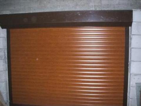 Usi de garaj rulou -actionare electrica - Constanta de la Gamaterm Design