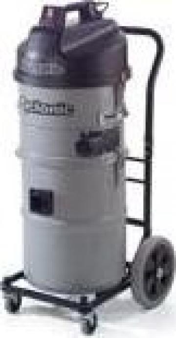 Aspirator industrial ciclonic Numatic NTD750C-2 de la Tehnic Clean System