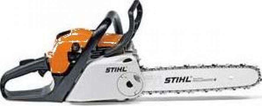 Motofierastrau Stihl MS211C-BE, 35 cm 3/8