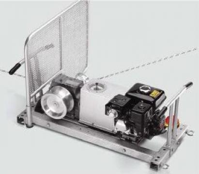 Vinci universal cu motor termic