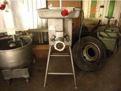 Masina industriala de tocat branza, carne, legume de la Frigomilk Srl