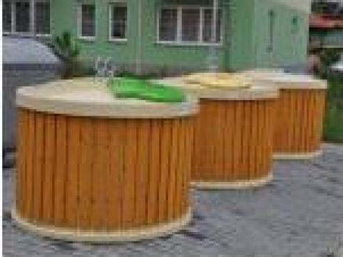 Container semi-ingropat