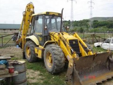 Dezmembrari buldoexcavator JCB 3CX Super de la Euroval Construct Srl