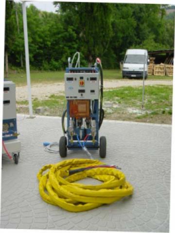 Masina spray pentru spuma poliuretanica de la Incprest Srl
