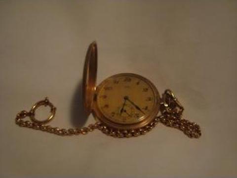 Ceas de aur de buzunar de la Artemob Design