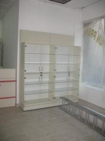 Mobilier pentru farmacie-drogherie