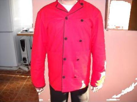 Halat de bucatar bluza rosie pantalon negru sort negru