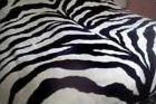 Lenjerie pentru pat alb si negru