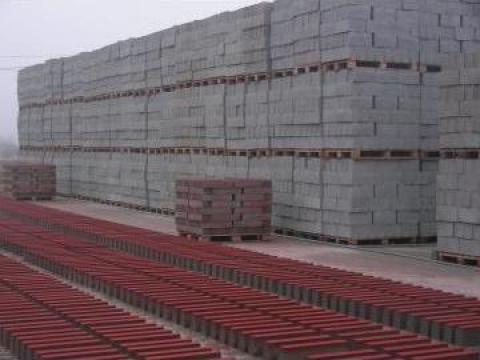 Borduri din beton stradale de la N A D. Cornetu