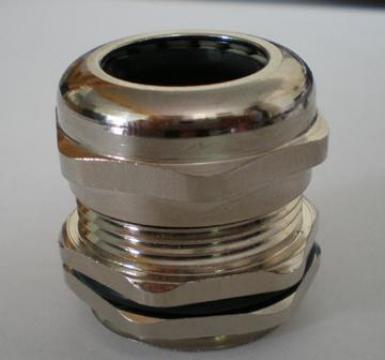 Presetupa metalica M20 de la Niedax Srl