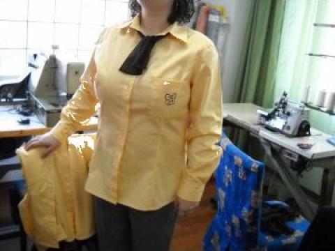 Uniforma pentru cofetarie, esarfa si camasa de la Johnny Srl.