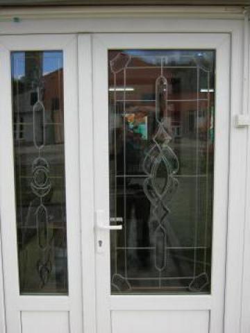 Tamplarie PVC cu geam termopan de la Wincost 10 Srl.