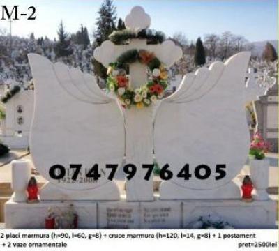 Monument funerar dublu marmura M2 de la Ciuciu Dorinel Constantin Intreprindere Individuala