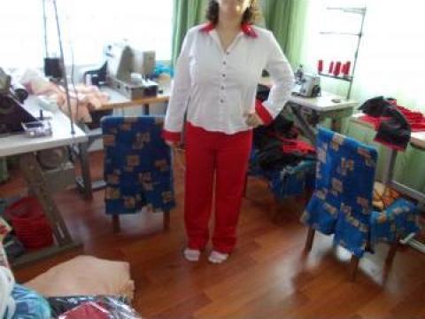 Uniforme fast food bluza si pantalon colorate de la Johnny Srl.