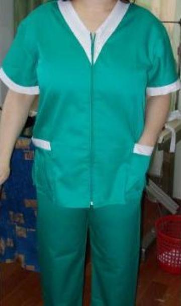 Costum medical de la Johnny Srl.