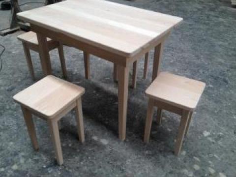 Masa lemn masiv +4 scaune