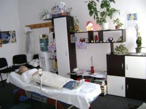 Masaj terapeutic de la Altermed Terapy Srl.