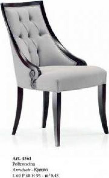 Producator scaune lemn tapitate