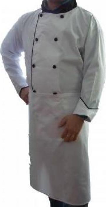 Costum bucatar alb cu sort lung de la Johnny Srl.