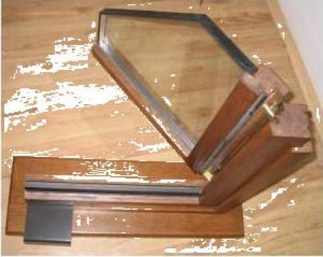 Tamplarie din lemn triplustratificat si traditionala de la Stilart