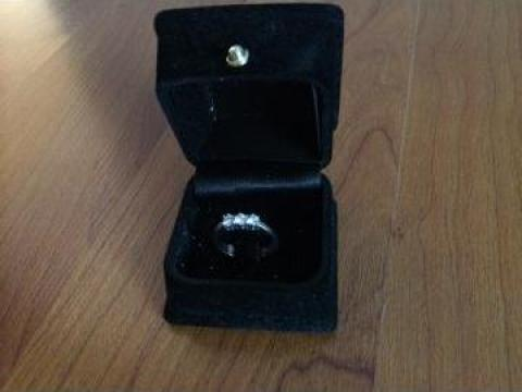 Inel de logodna cu diamante de la