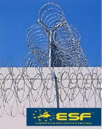 Sarma concertina cu lame NATO pentru garduri de la European Security Fencing Srl