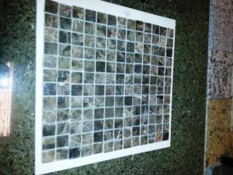 Mozaic marmura maron de la Geo & Vlad Com Srl