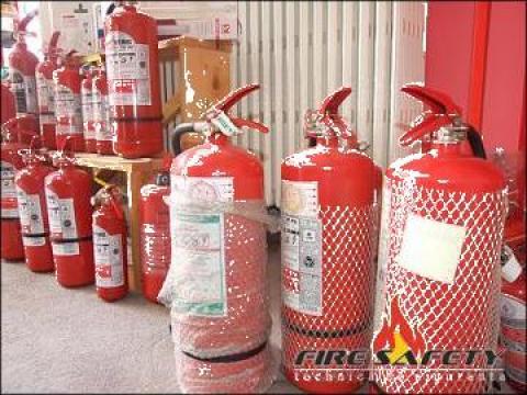 Service si verificare stingatoare incendiu de la Fire Safety Srl