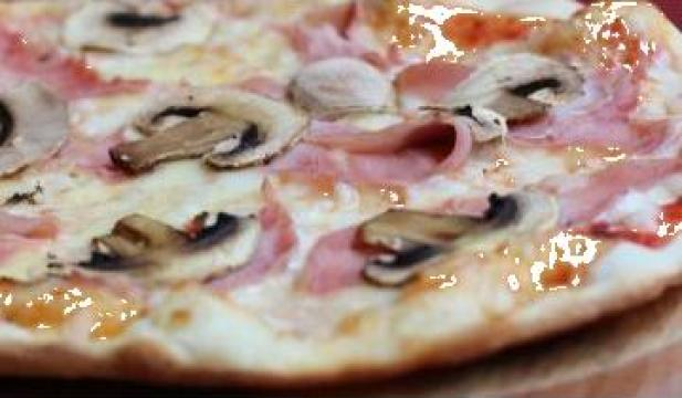 Pizza Prosciutto e Funghi de la Pizza Bella