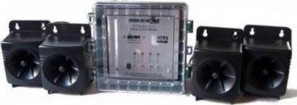 Dispozitiv profesional anti-pasari Ultrason-X de la Www.casa-animalelor.ro