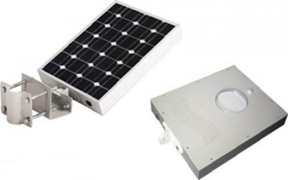 Corp compact de iluminat solar-LED 8W de la Samro Technologies Srl