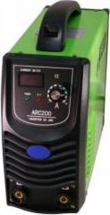 Aparat de sudura Varan ARC 200 Inverter de la Infomark Srl.