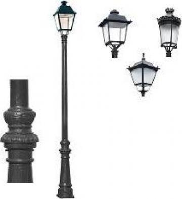 Stalp iluminat ornamental clasic fonta de la Palagio System Group