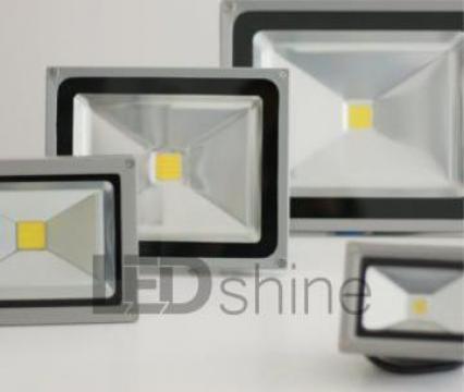 Proiectoare LED pentru Exterior IP65 de la Ledshine