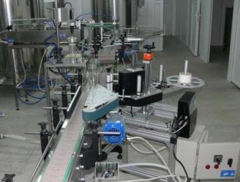 Masina de etichetat recipiente rotunde EDA-55ER de la Eurodac
