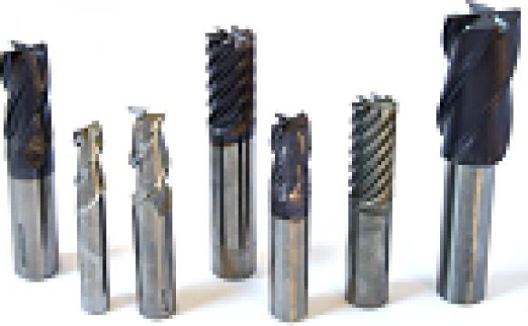 Freze pentru prelucrat metale de la Microtek International