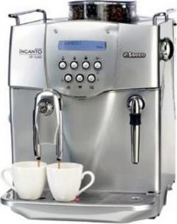 Espressor de cafea pe baza de cafea boabe de la Express Coffee Services Srl