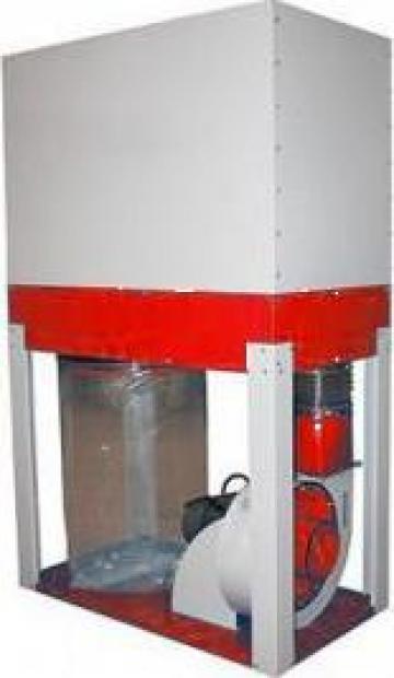 Instalatie de exhaustare rumegus Cleaner 4000 de la Infomark Srl.