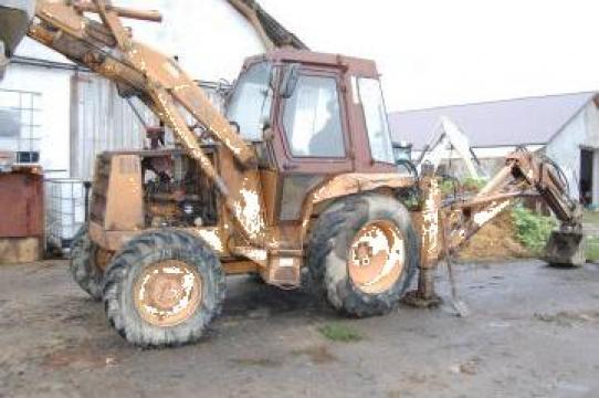 Dezmembrare buldoexcavator Case 580G