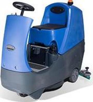 Aparat spalat podele Numatic International CRO 8055 de la Tehnic Clean System