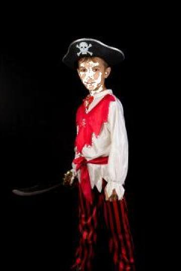 Inchiriere costum pirat copii 589 de la Sabine Decor Shop Srl-d