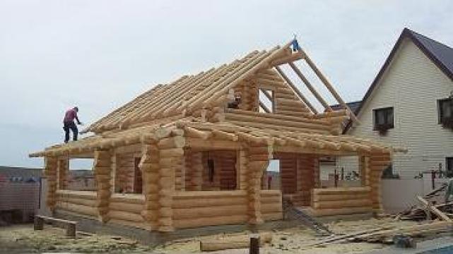 Cabane mobilier de gradina din lemn rotund necalibrat for Case de lemn rotund
