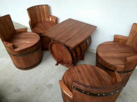 Mobilier din butoaie