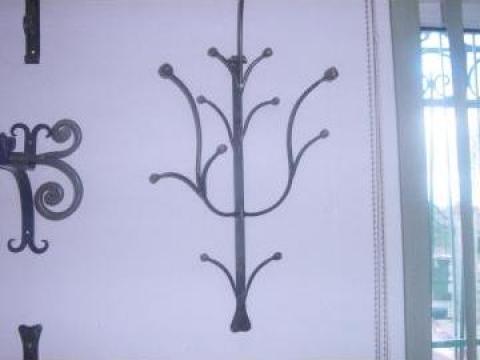 Cuier accesorii din fier forjat de la Vietta Srl