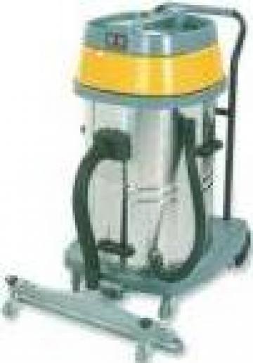 Aspirator industrial cu priza pentru scule electrice de la Tehnic Clean System