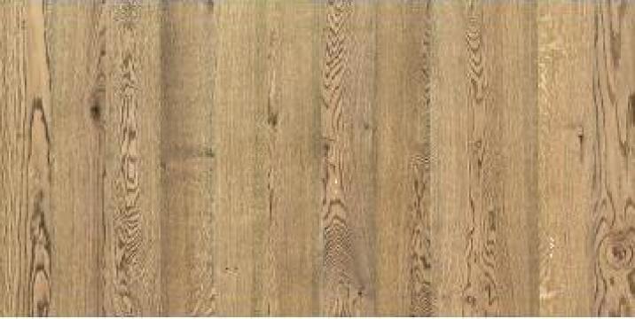 Parchet din lemn de stejar