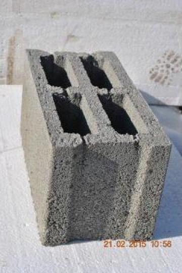Boltari beton zidarie de la Rombas Prod Srl