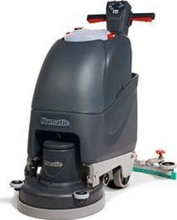 Masina electrica cu perie de spalat Numatic TT4045G de la Tehnic Clean System