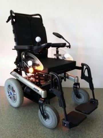Carucior electric / scuter cu joystick Otto Bock B500 de la Ortopedia Transilvania