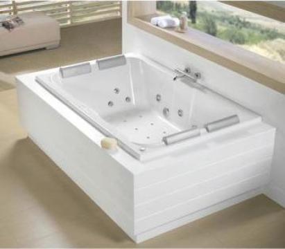 Cada baie cu hidromasaj la comanda